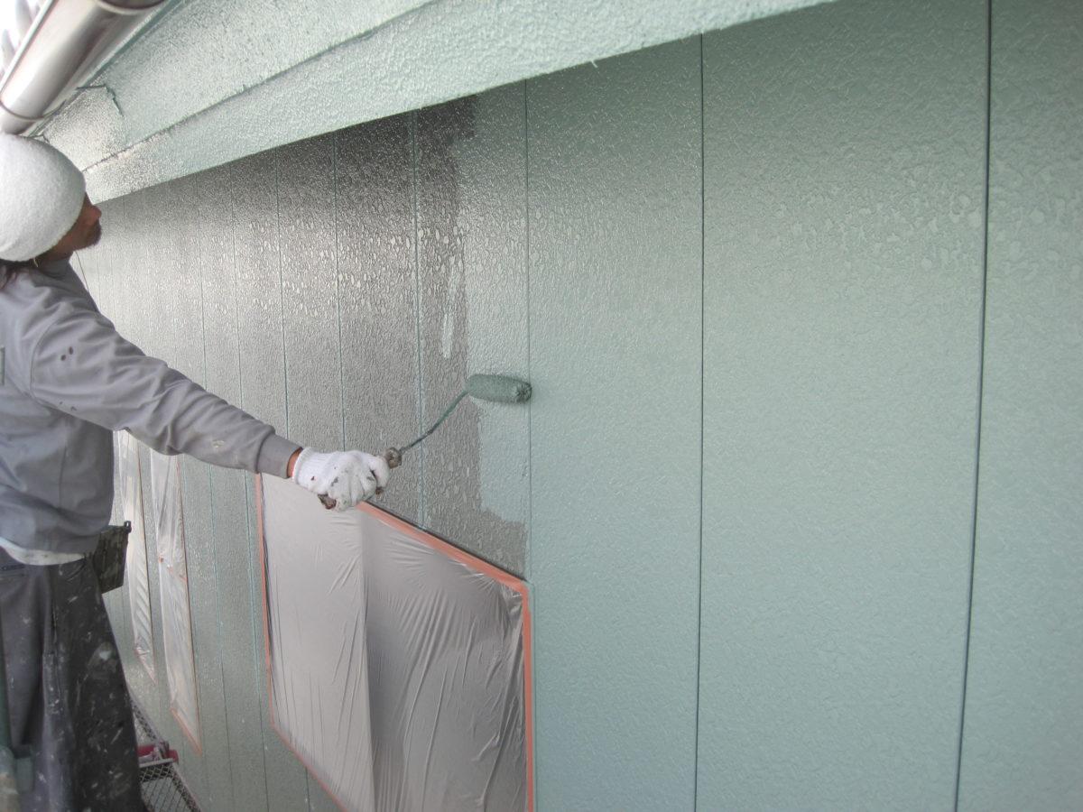 広島県東広島市 外壁塗装 塗装作業の写真